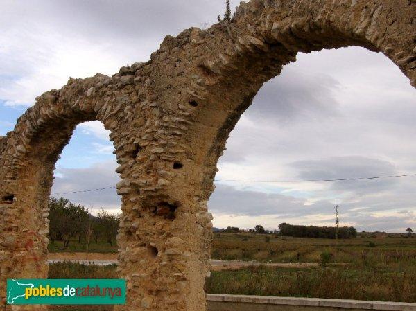 Sant Jaume dels Domenys - Aqüeducte dels Arcs