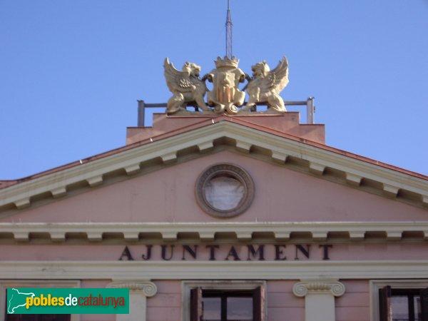 Ajuntament, detall de la part superior