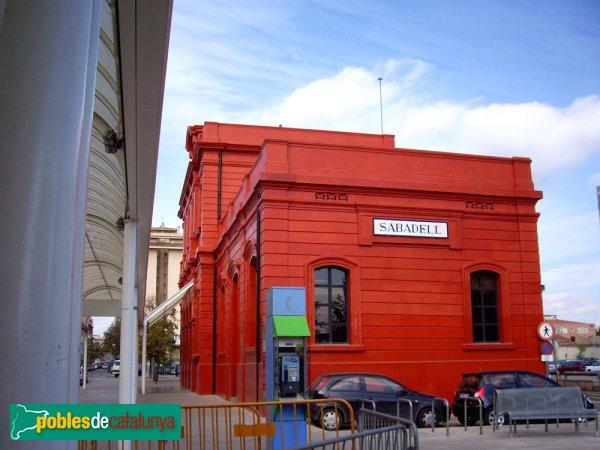 Antiga Estació de la Renfe