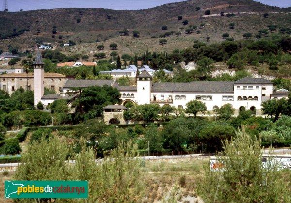 El recinte torribera santa coloma de gramenet pobles for Cerrajeros santa coloma de gramenet