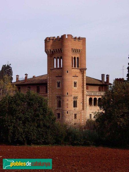 Castell de Can Feu: detall de la Torre