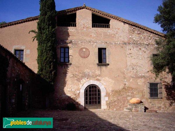 Masia de Can Deu, façana principal