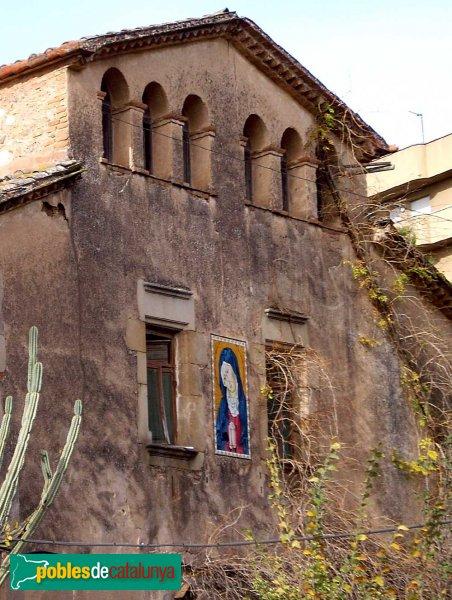 Masia de Can Rull, detall de la façana principal
