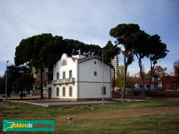 Casa dels pins sabadell rodal pobles de catalunya - Casas en valles occidental ...
