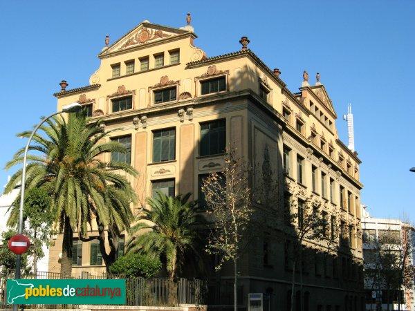Barcelona - Grup Escolar Pere Vila
