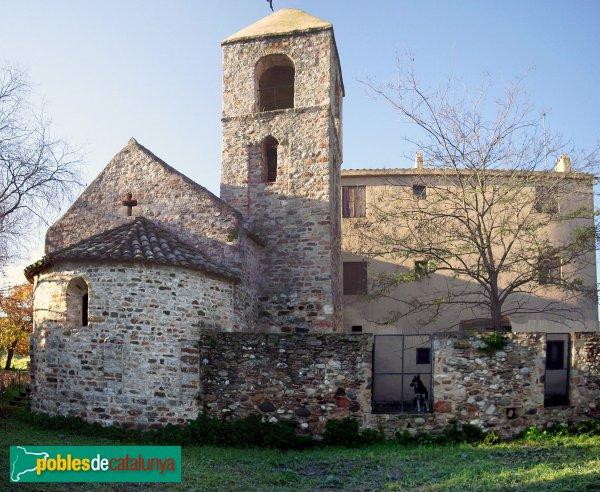Sant Pau de Riu-sec, vista des de la banda del campanar i l'absis