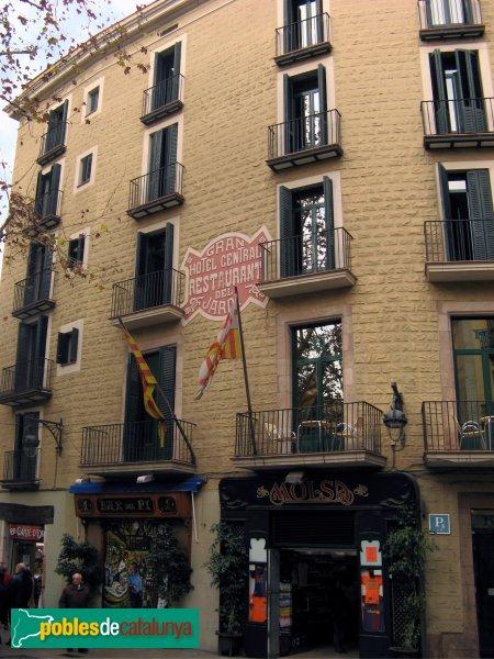 Hotel del jard barcelona el pi pobles de catalunya for Hotel jardi barcelona