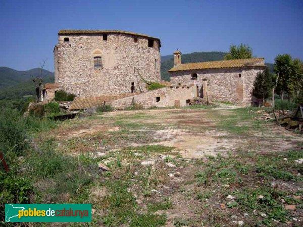 El Castell, la seva capella i l'era al davant