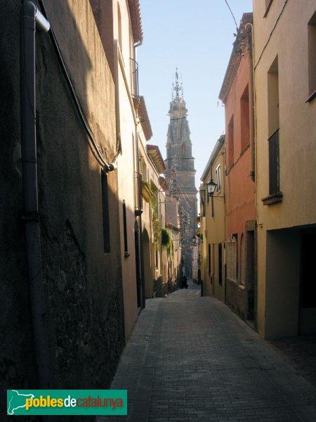 L'Església, vista des del carrer de Sant Iscle