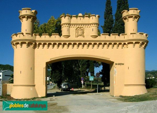 Arenys de Munt - Can Jalpí , portal exterior