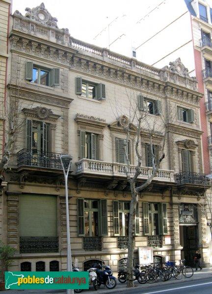 Barcelona - València, 302