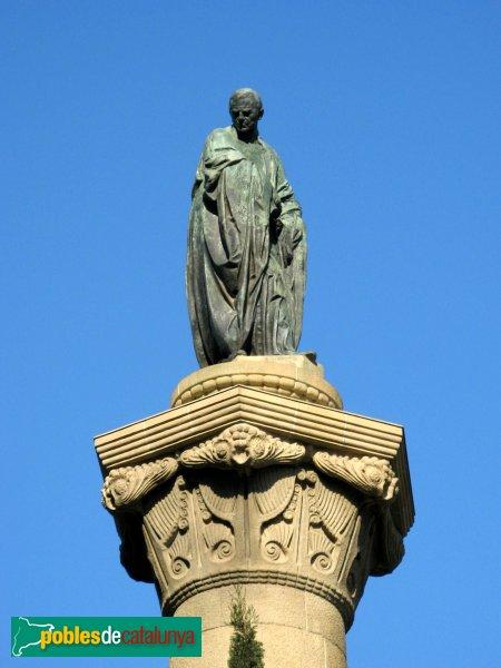 Barcelona - Estàtua de Mossèn Cinto