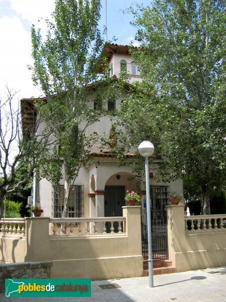 Casa de la pla a enamorats cornell de llobregat - Casa en cornella ...