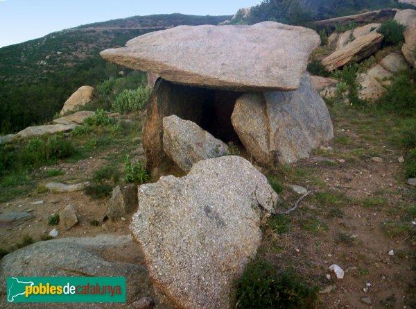 Vilajuïga - Dolmen de la Talaia
