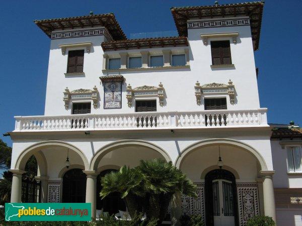 Casa verge de la pineda salou pobles de catalunya - Casas en salou ...
