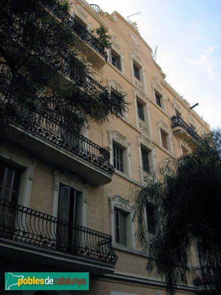Casa anoll barcelona vila de gr cia sud pobles de - Casa torres barcelona ...