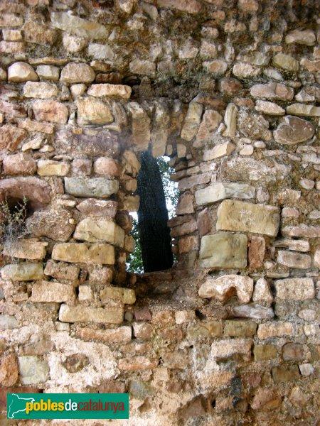 El Bruc - Sant Pau Vell, finestra de la capella