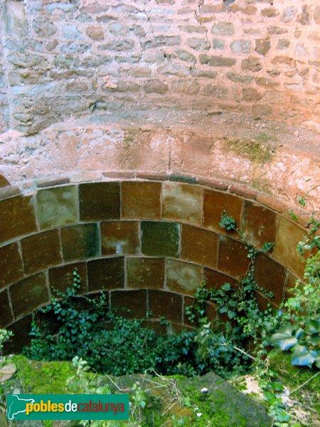 El Bruc - Sant Miquel de Vilaclara, cup sota l'absis