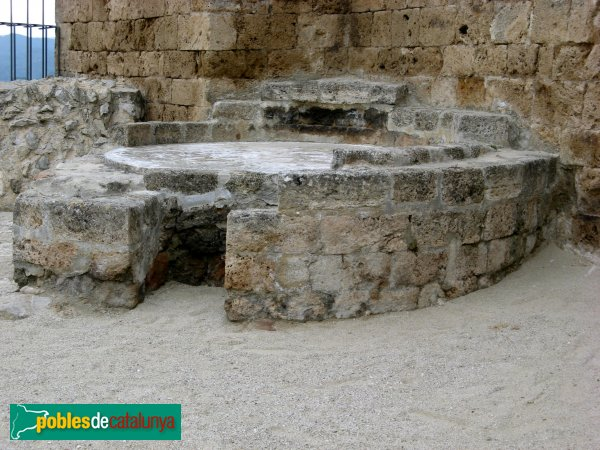 La Pobla de Claramunt - Castell: cisterna