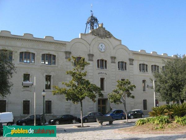 Igualada - Escola Pia i església de la Pietat