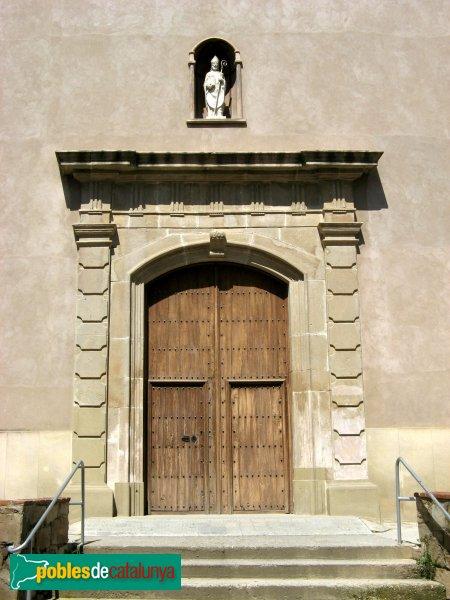 Vilanova del Camí - Església de Sant Hilari, portada