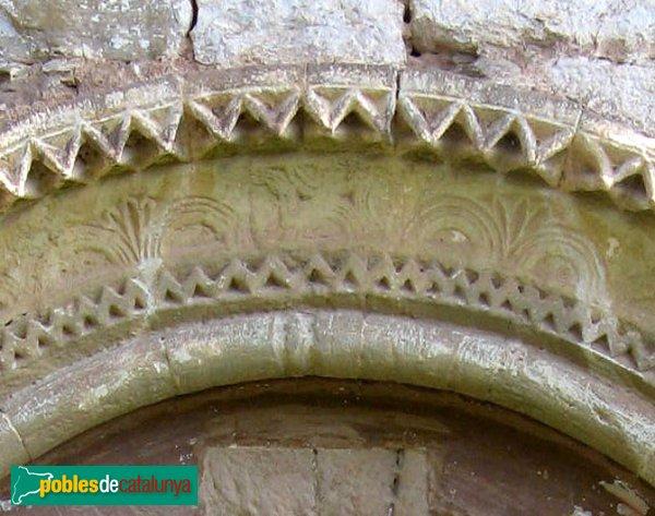 Jorba - Santa Maria de la Sala, detall de la portada