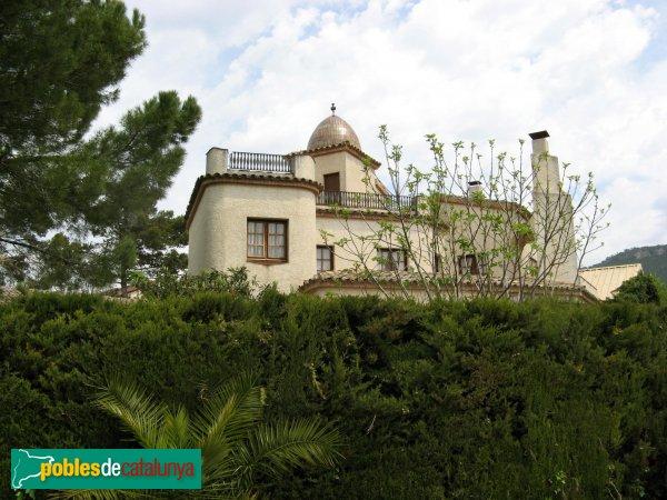 Òdena - Can Macià, edifici modern