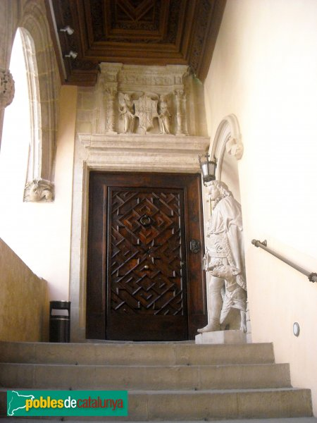 Barcelona - Palau Centelles - Porta renaixentista