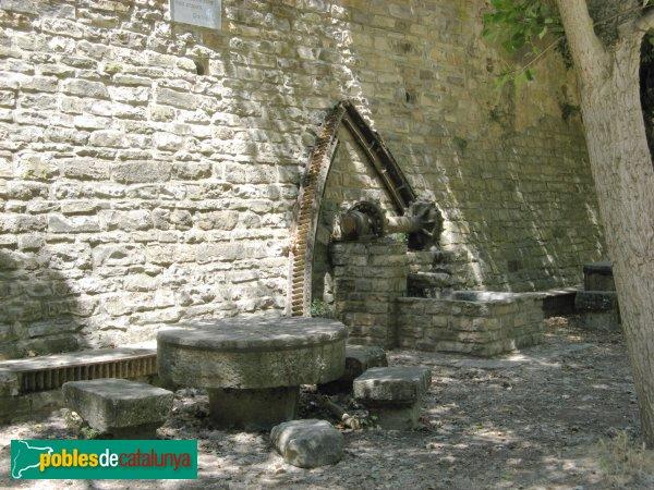 Veciana - Molí de la Roda, restes del mecanisme del molí