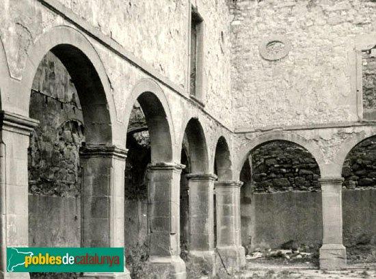 Calaf - Convent de Sant Francesc, claustre
