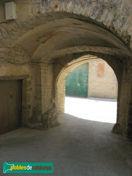 Pujalt - Portal de la muralla
