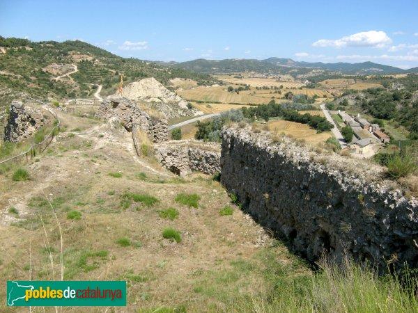 Castellfollit de Riubregós - Castell, muralla