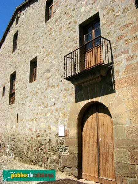Castellfollit de Riubregós - Santa Maria del Priorat, edifici prioral