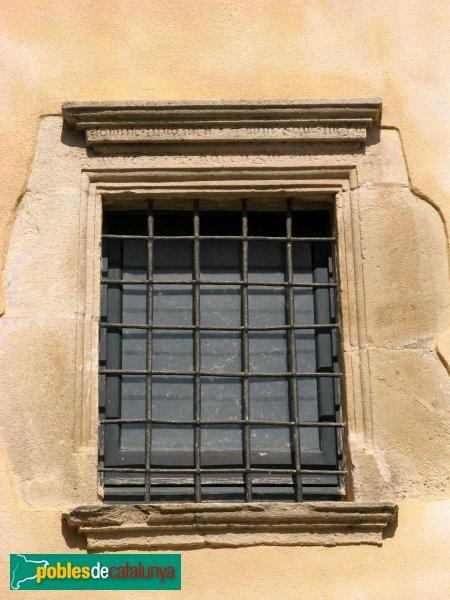 L'Armentera - Finestra de can Salleres