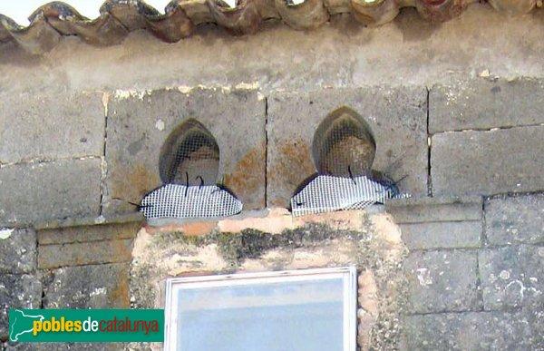Vilamacolum - Can Selmo, detall finestra