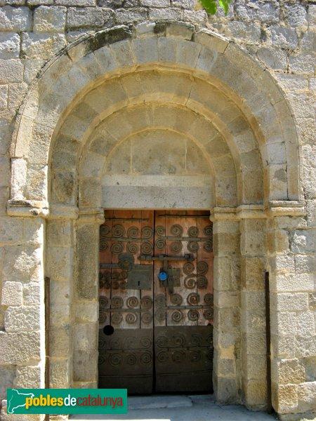 Torroella de Fluvià - Església de Sant Cebrià, portal