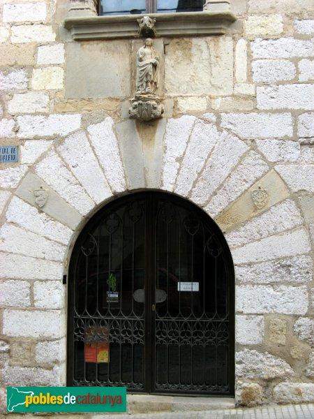 Montblanc - Hospital de Santa Magdalena, portal