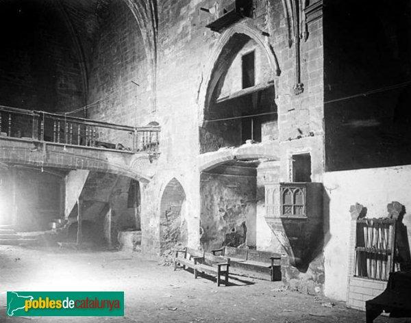 L'Espluga de Francolí - Església vella de Sant Miquel, interior 1917