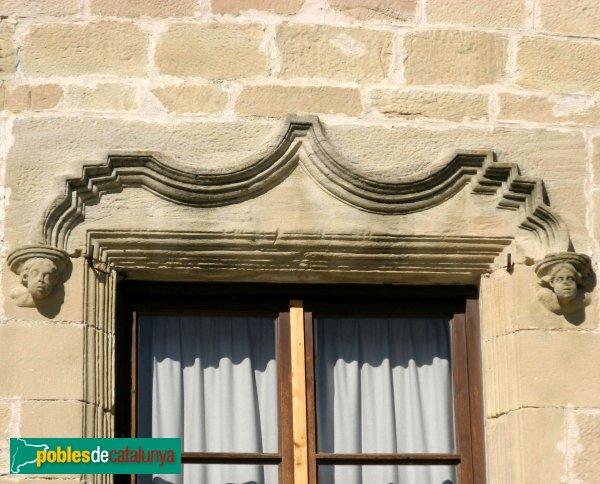 Santa Coloma de Queralt - Castell, finestra renaixentista