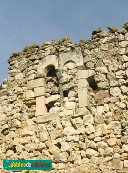 Pontils - Castell de Seguer, finestra gòtica