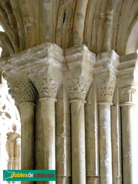 Monestir de Poblet - Capitells del claustre