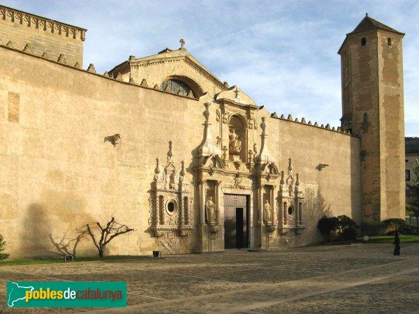 Monestir de Poblet - Façana de l'església