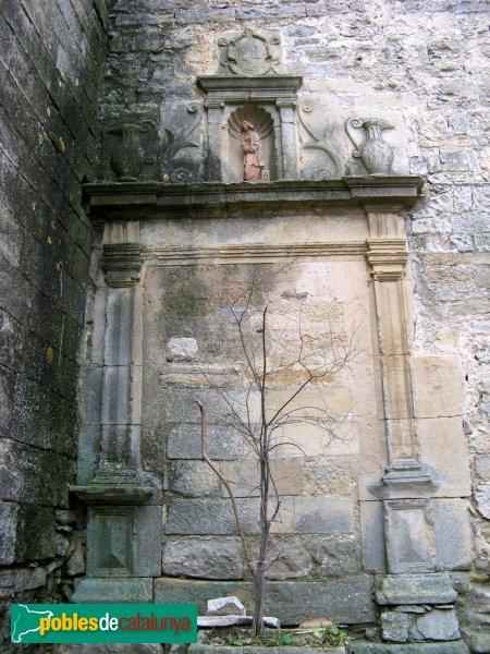 Vallfogona de Riucorb - Església de Santa Maria, porta exterior tapiada