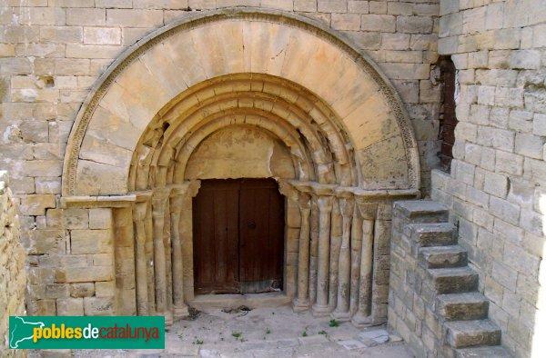 Forès - Església de Sant Miquel, porta de les Dones