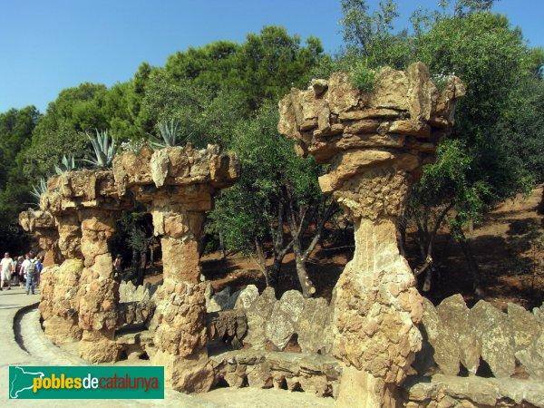 Barcelona - Parc Güell - Viaductes i terrasses