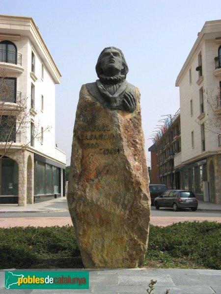 Monument a rafael casanova sant quirze del vall s - Casas en el valles occidental ...