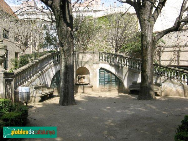 Terrassa - Casa Alegre de Sagrera, jardí