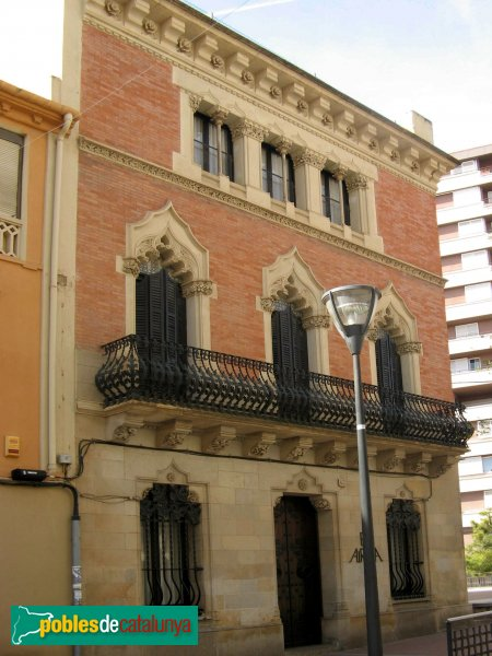 Casa joaquima pujals terrassa centre pobles de catalunya - Outlet casas terrassa ...