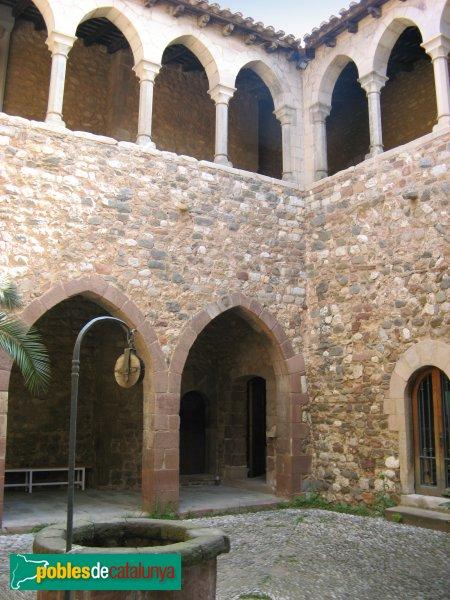 Terrassa - Castell de Vallparadís, claustre