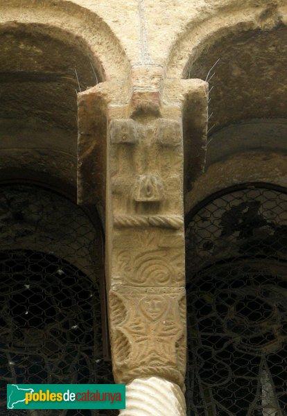 Rubí - Església de Sant Pere, capitell preromànic